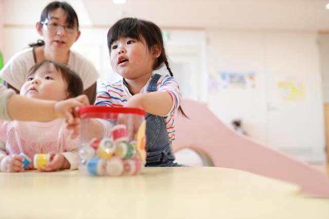 保育士が託児所完備で働くメリットデメリット